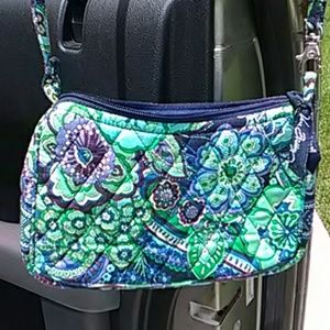 Beautiful Vera Bradley Crossbody